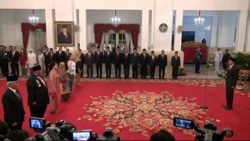 Jokowi Resmi Beri Gelar Pahlawan